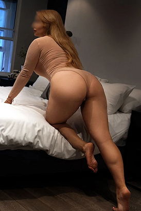Independent busty Russian female escorts